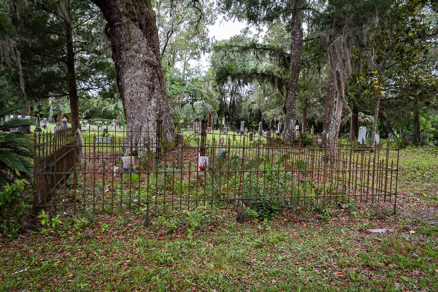 5-28cemeteryfence