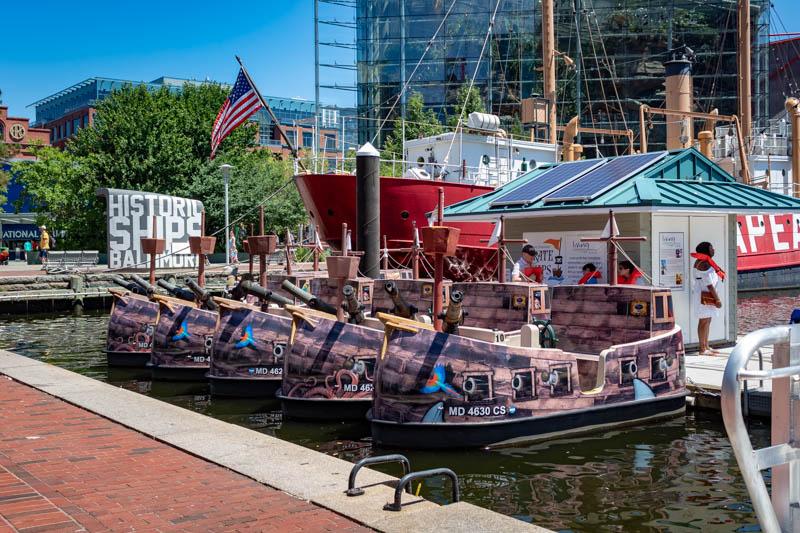 7-10pirateboats