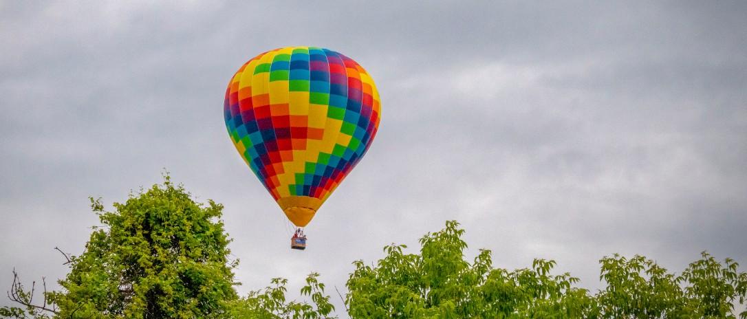 balloonfeature
