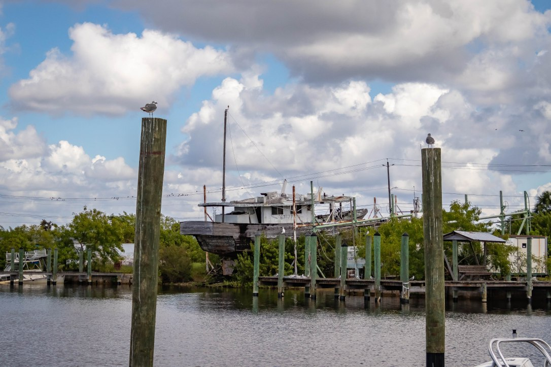 10-10tarponoldboat